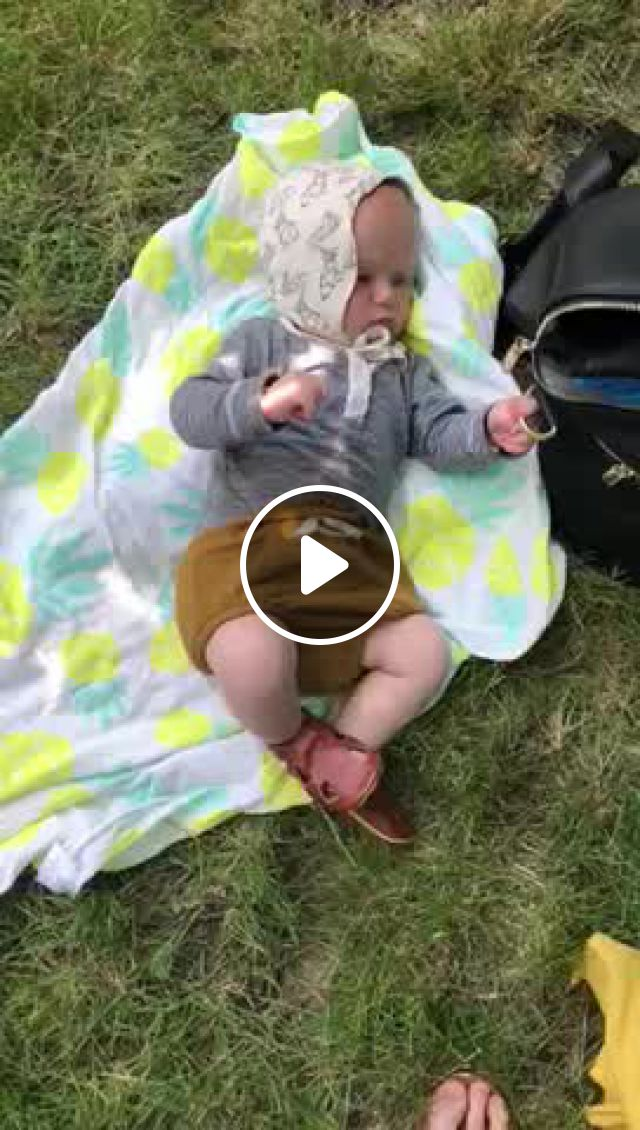 Muslin Swaddle Blanket - Video & GIFs   muslin swaddle blanket, muslin swaddling, swaddle blanket, muslin blankets, baby calm, young baby, kids , baby love, cute kids, babys, picnic blanket