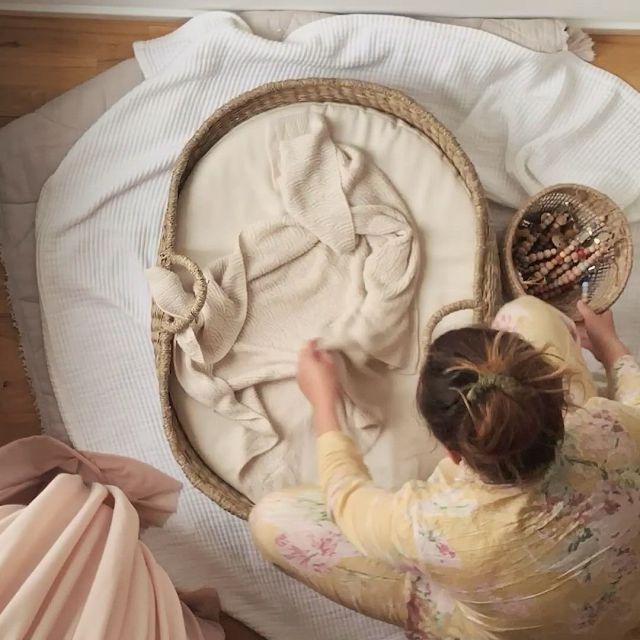 Sleeping baby - Video & GIFs | baby sleep,sleep training baby,nursery decals girl,baby sleep schedule,sleeping through the night,stylish baby,baby registry,soft colors,bibs,baby gear,baby knitting