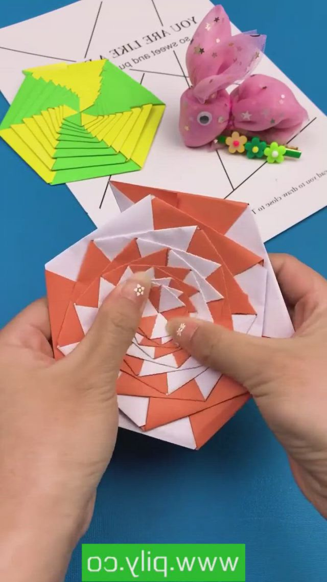 Amazing Paper Craft - Video & GIFs | paper crafts,paper crafts origami,paper crafts diy kids,diy crafts hacks,diy crafts for gifts,diy arts and crafts,creative crafts,diy projects,craft tutorials,instruções origami,origami toys