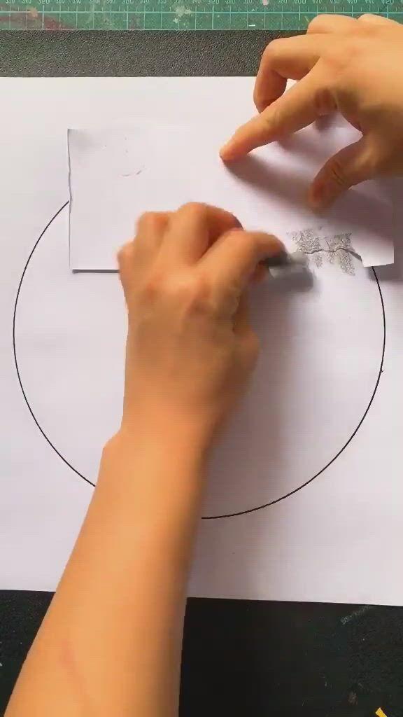 Easy Drawing Idea - Video & GIFs | diy canvas art painting,diy art painting,diy canvas art,canvas painting tutorials,painting techniques,watercolor techniques,painting tips,oil pastel techniques,bubble painting,simple canvas paintings,small canvas art