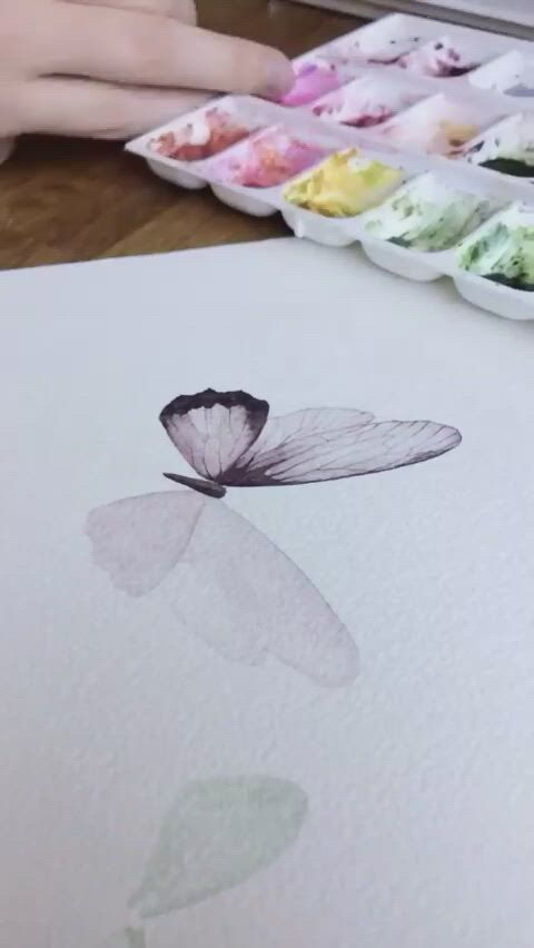 Very easy watercolor butterfly painting tutorial - Video & GIFs   diy canvas art painting,flower art painting,watercolor paintings,butterfly acrylic painting,butterfly watercolor,acrylic painting techniques,watercolor techniques,watercolor landscape paintings,watercolor flowers tutorial,diy canvas art,pencil art drawings