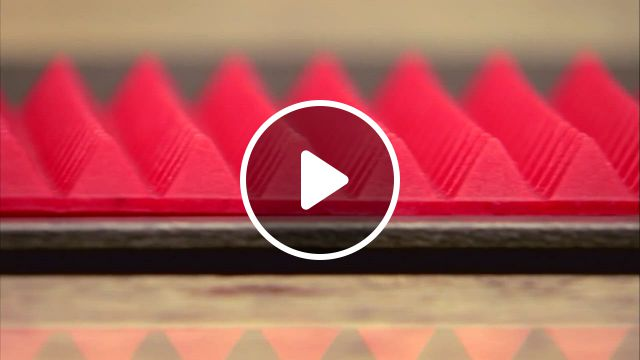 Silicone Baking Sheet Pyramid At Bed Bath And Beyond Review - Video & GIFs | silicone baking sheet, microwave oven, easy storage, shape design, grease, food grade, refrigerator, macaroni and cheese, party supplies