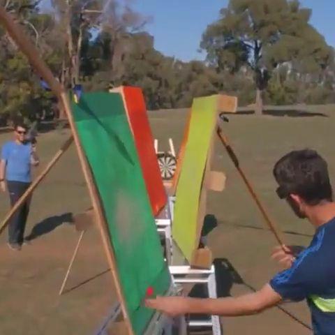 Incredible Zigzag Darts Bullseye
