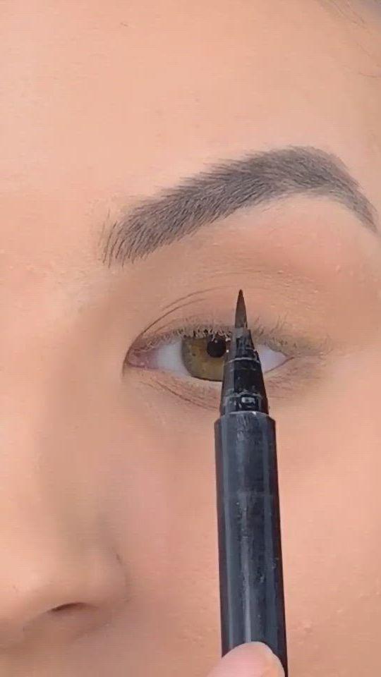 Super easy winged liner makeup tutorial