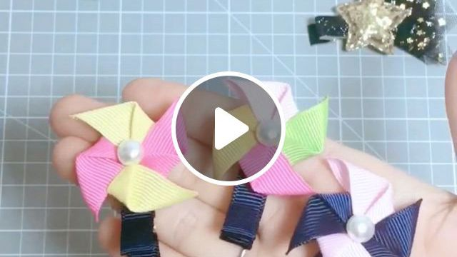 DIY Cute Windmill Hair Clip Tutorial - Video & GIFs   lacos para cabelo de boutique, fazer lacos para o cabelo, lacos fofos, diy lace ribbon flowers, ribbon art, diy ribbon, ribbon crafts, fabric flowers, ribbon hair clips, baby hair clips, diy hair bows, kids hair clips