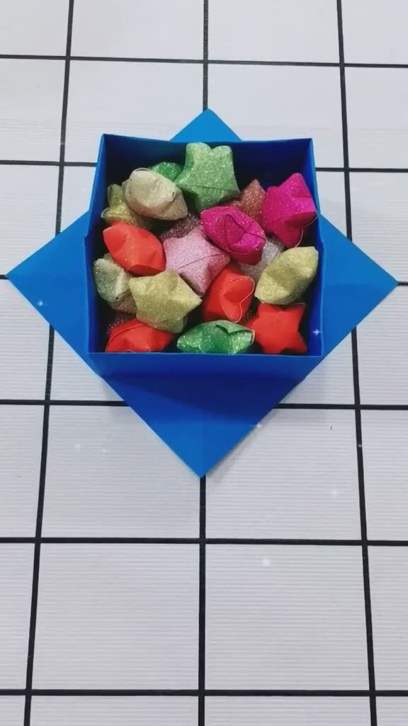 Origami Box Easy Step By Step - Video & GIFs   origami box easy,paper crafts diy kids,origami box,diy crafts for gifts,arts and crafts,paper crafts,simple art,fun projects,diy for kids,easy diy,crafty