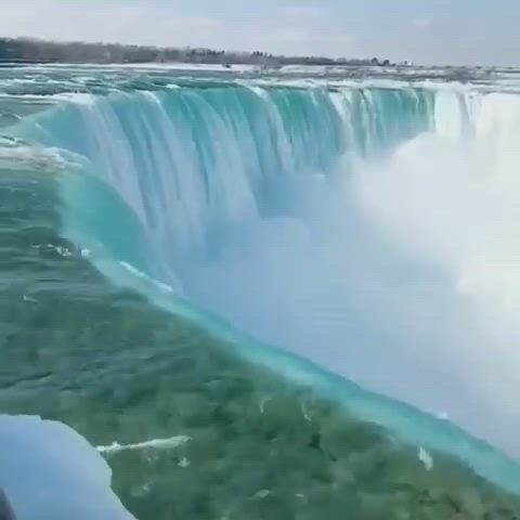 Niagara waterfalls - Video & GIFs   niagara waterfall,beautiful places,waterfall,full moon,waterfalls,niagara falls,travel destinations,traveling,bucket,world