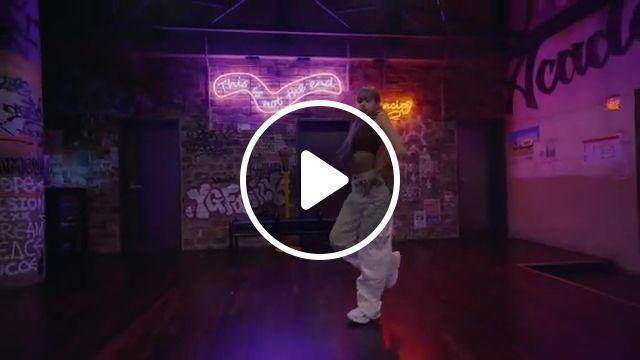 LISA Dance Performance, blackpink mushroom chocolate, outfit, dancing, body, performing, lili's, cravin, black lisa pink, new, film, hair, i like it