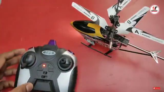 RC helicopter unboxing toy
