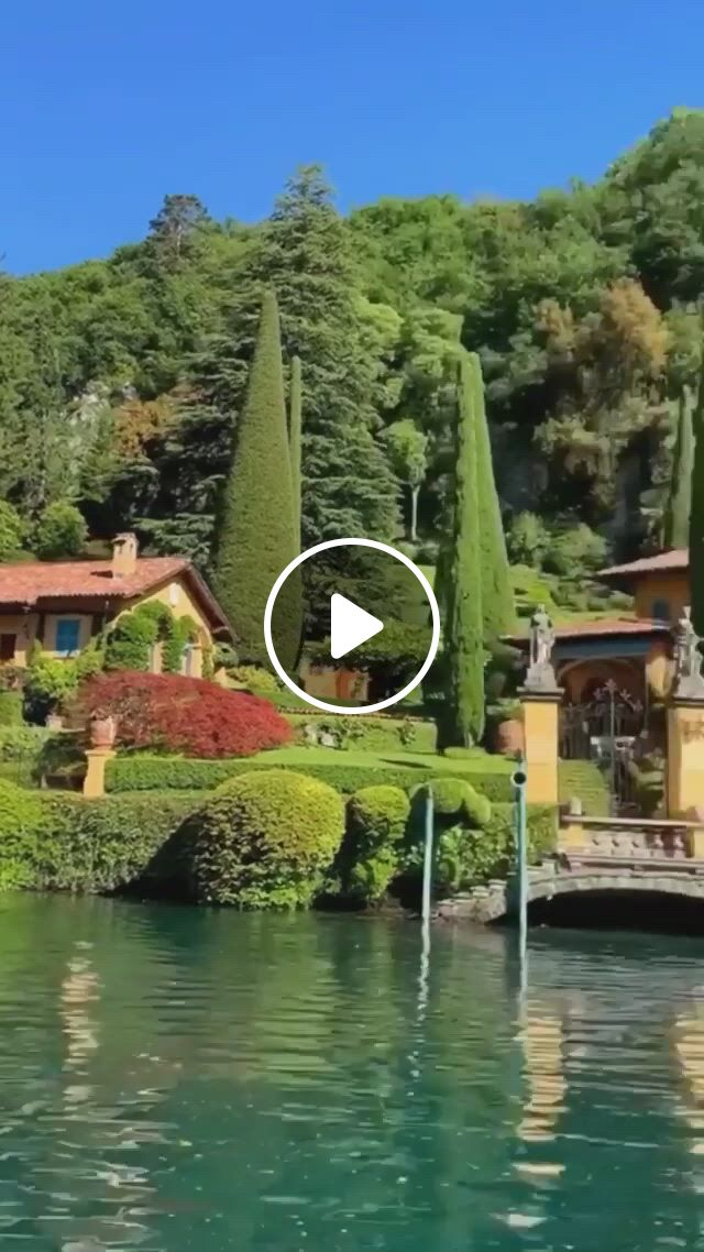 Lake Como, Italy - Video & GIFs   beautiful places nature, beautiful nature scenes, amazing nature, beautiful world, beautiful places to travel, cool places to visit, places to go, places around the world, travel around the world