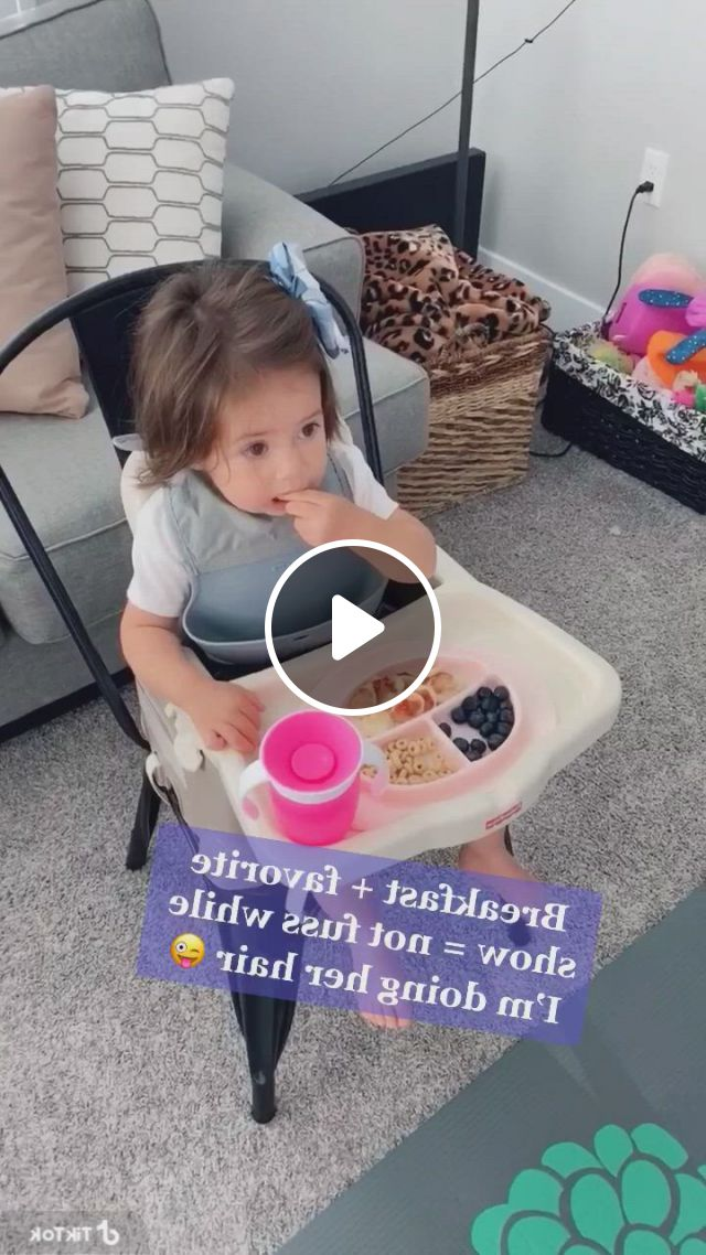 Easy Tip To Do Your Toddlers Hair Without Fuss - Video & GIFs   toddler hairstyles girl fine hair, girl hairstyles, baby girl hair, easy toddler hairstyles, easy little girl hairstyles, cute girls hairstyles, princess hairstyles, toddler hair dos, girl hair dos, hair , hair styles, babies