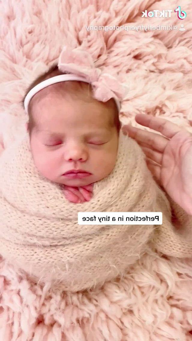 Houston's best newborn photographer cypress kimberly fryer photography - Video & GIFs | newborn posing,funny babies,cute babies,baby whisperer,baby milestones