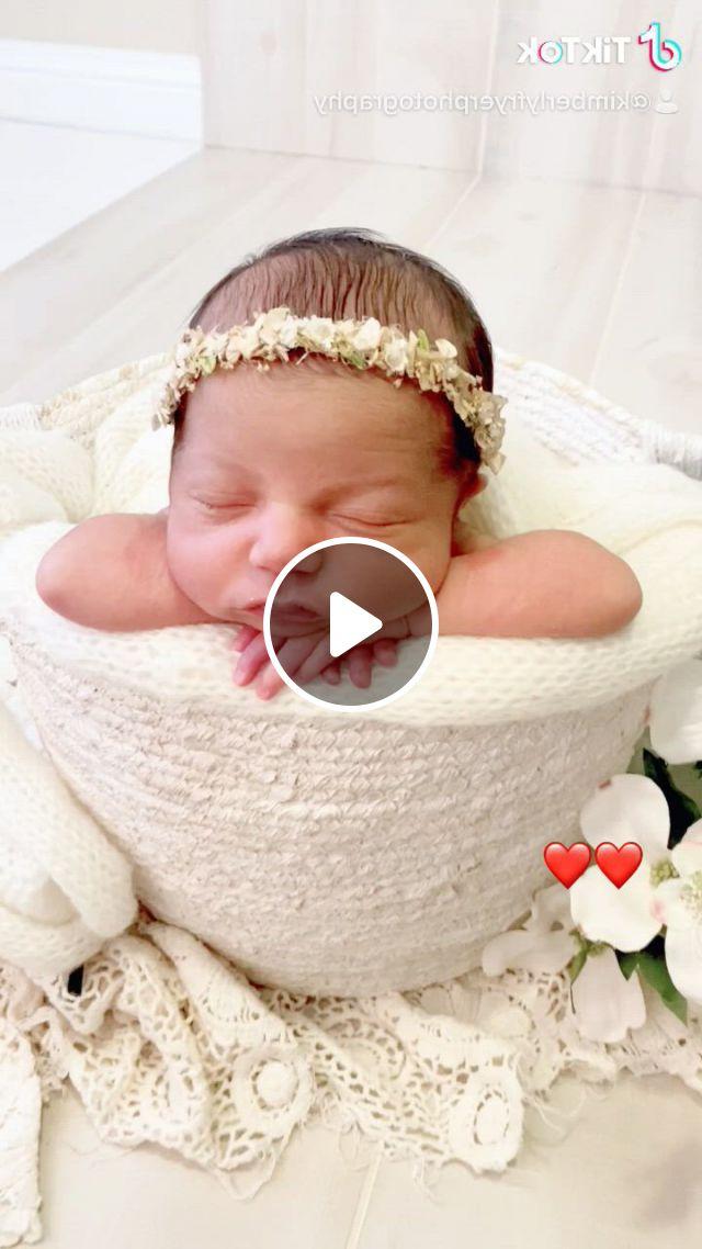 Houston's Best Newborn Photographer Cypress Kimberly Fryer Photography - Video & GIFs   baby whisperer, baby faces, digital backdrops, baby milestones
