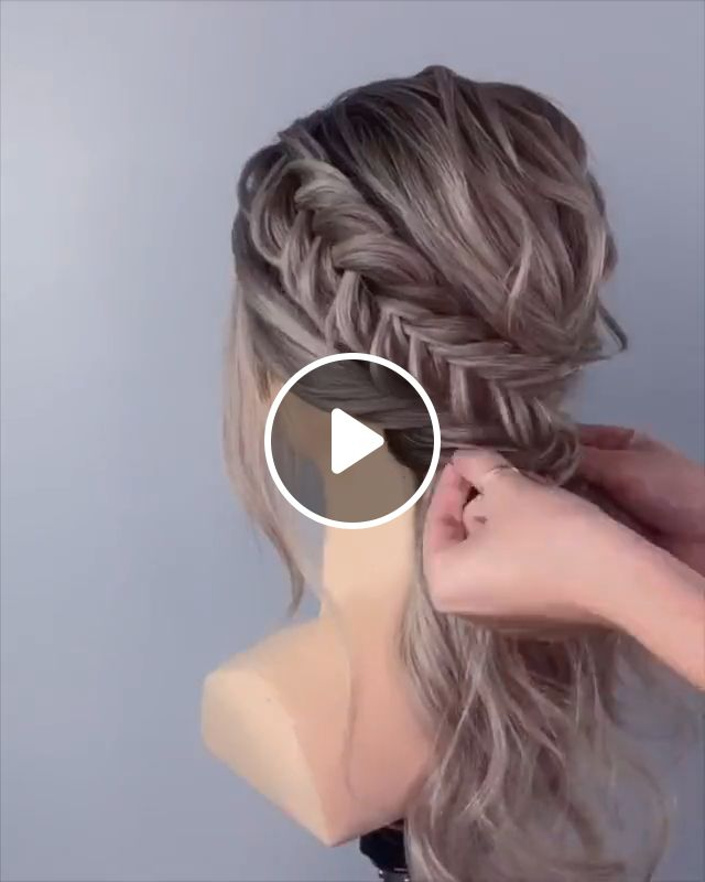 Hot Wedding Hair Trends, wedding hair, wedding inspiration, wedding hair styles, hair tutorials, bridal hair