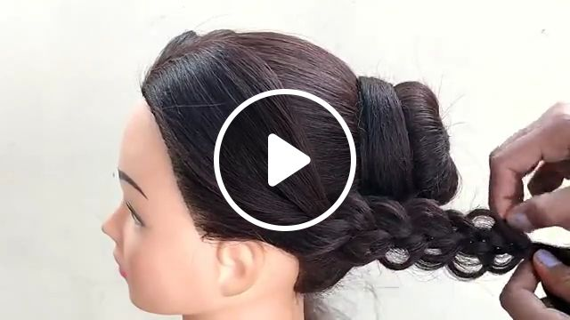 Stunning Bridal Hairstyle, prom hairstyles, trendy hairstyle, wedding season, hairstyle idea, bridal makeup, sweet engagement, hairstyle tutorials, headpiece, curly hair, formal hairstyles, hairstyles updo, bun, easy hairstyles, long hair