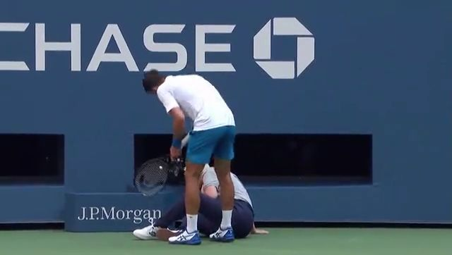 Djokovic sensationally disqualified from US Open