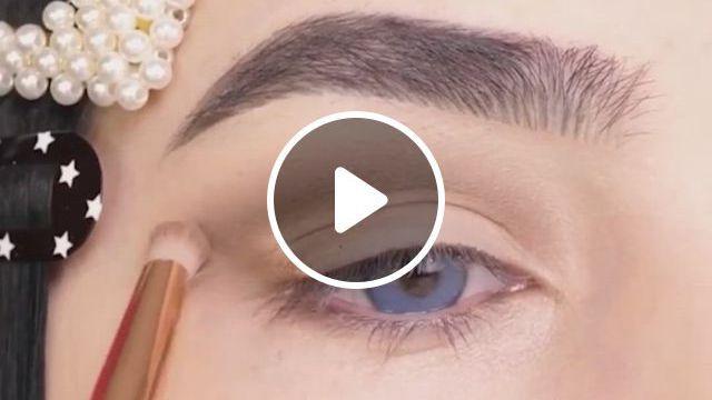 Cute Eye Makeup Looks - Video & GIFs   maquillaje de ojos, peinados cabello rizado largo, peinados faciles para cabello largo, makeup vs no makeup, makeup set, girls makeup, sephora makeup, makeup ideas, cheap makeup, makeup tips, makeup prices, makeup brands