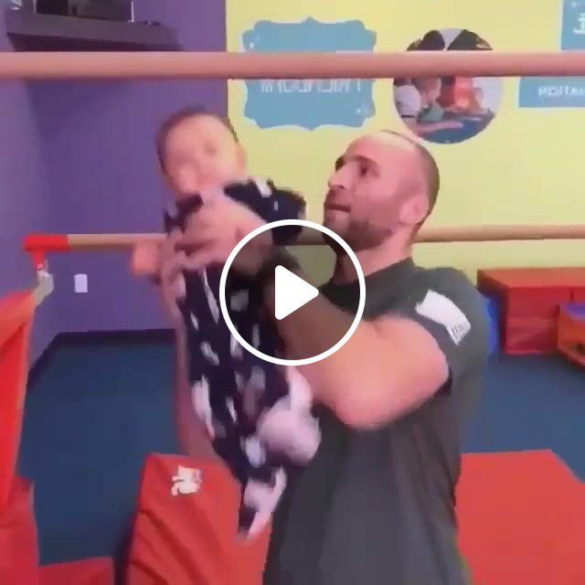 Fun With Baby - Video & GIFs | cute baby , funny babies, t baby, happy baby, cute babies, babies pics, baby workout