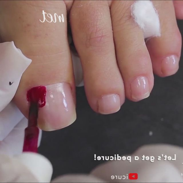 Poni pedicure tutorial - Video & GIFs | toe nail art,pedicure,manicure,toe nails,acrylic nails,pretty nails,projects to try,hair beauty,amazing,art work,hairstyles