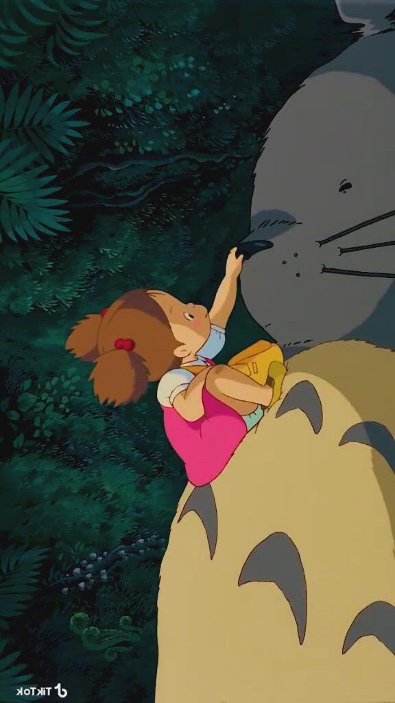 My Neighbor Totoro - Video & GIFs   personajes de anime,totoro,mi vecino totoro,film recommendations,my neighbor totoro,disney quotes,manga,funny stories,funny facts,studio ghibli,funny comics,howls moving castle