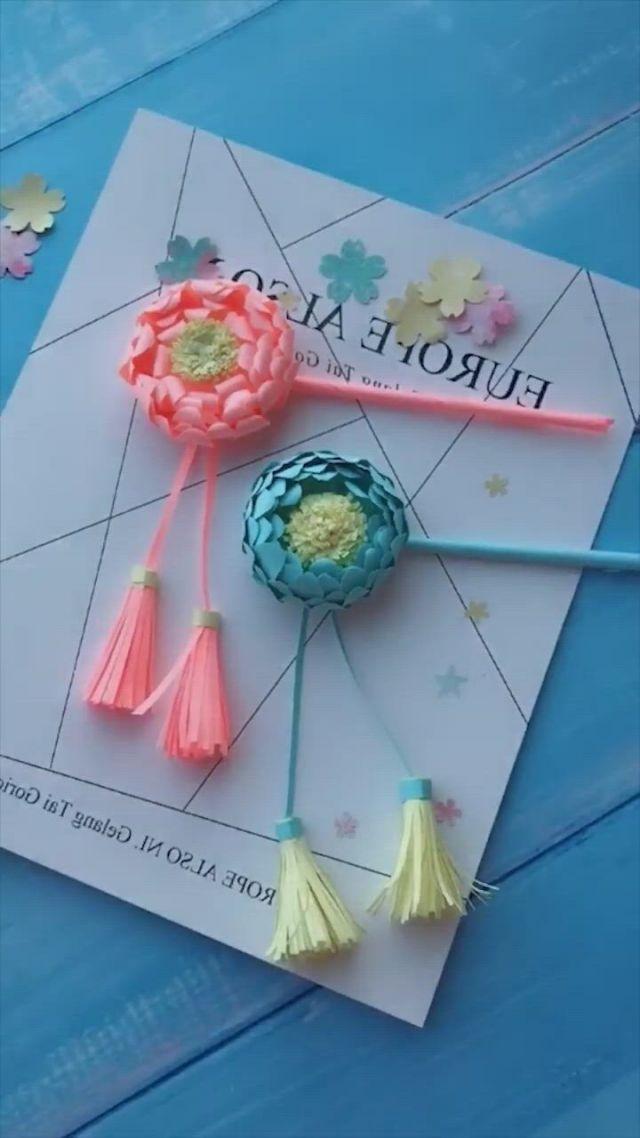 Creative handicraft - Video & GIFs   paper crafts origami,paper crafts diy kids,handmade flowers paper,diy crafts hacks,diy crafts for gifts,diy arts and crafts,creative crafts,fun crafts,paper flowers craft,paper crafts for kids,flower crafts,instrucoes origami