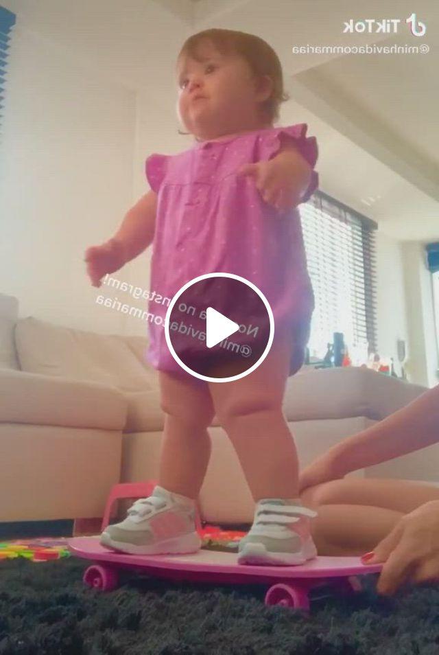Ainnnnn - Video & GIFs | cute baby , cute baby shoes, cute baby smile, cute baby dogs, cute baby gifts, baby love, baby baby, cute babies, baby girl names