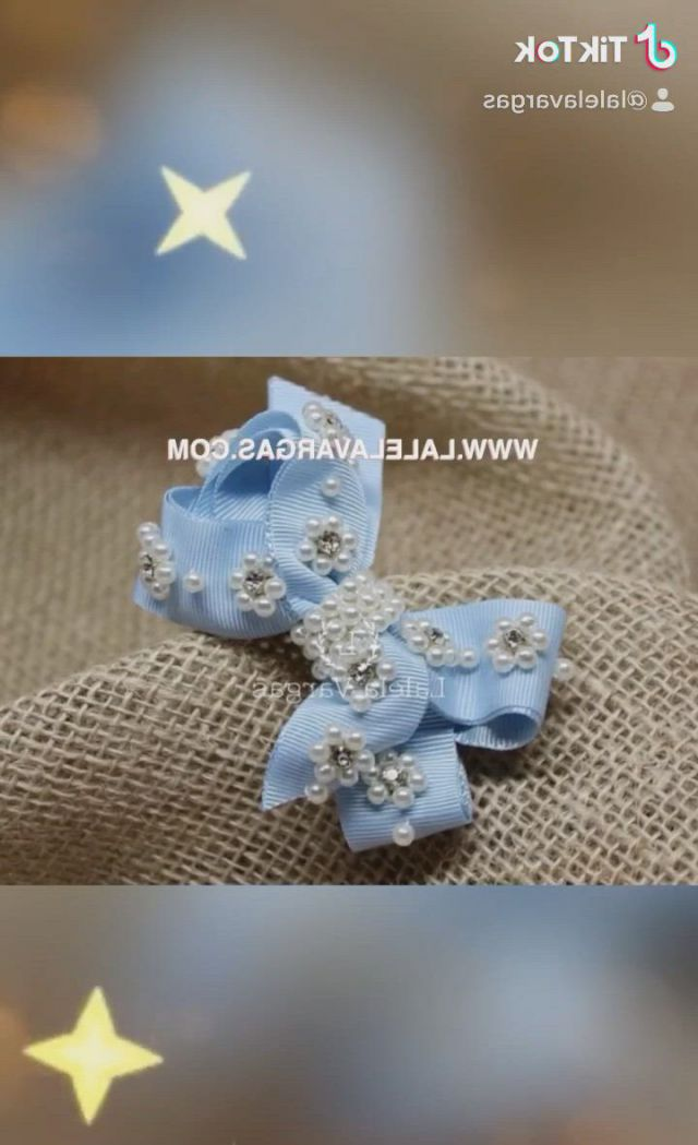 Lacos para bebes lalela vargas - Video & GIFs   diy hair bows,wedding rings,engagement rings,jewelry,fashion,tie headband,cute cheer bows,kid outfits,gifts