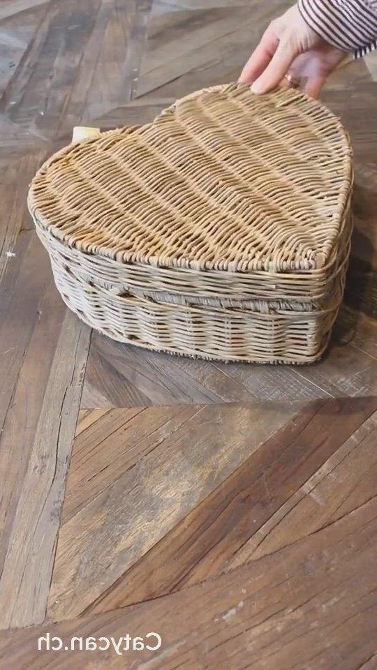 Lovely storage baskets - Video & GIFs | home interior,interior design living room,wicker baskets,wicker tray,storage baskets,rattan,interior inspiration,office,corridor