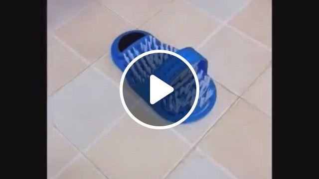 Plastic Remove Dead Skin Massage Slipper Foot Scrubber - Video & GIFs   scrubber spa shower removeplastic bath shower feet, brush household bathroom foot, bath brushes