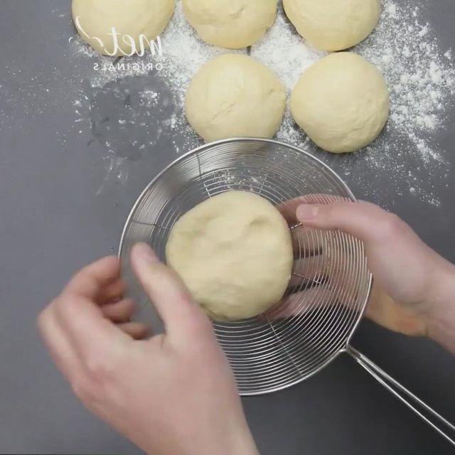 Tasty stuffed bun recipes - Video & GIFs | recipes,cooking recipes desserts,indian snack recipes,burek recipe,samosa recipe,naan recipe,finger food appetizers,appetizer recipes,dessert recipes,wheat halwa recipe,pan relleno,good food