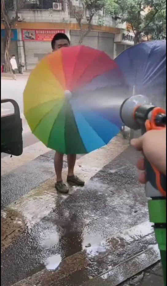 Telescopic dripproof umbrella cover