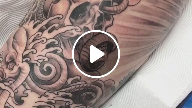 Black And Grey Tattoo In Thigh - Video & GIFs | tattoo artists, black and grey tattoos, tattoos, australian tattoo, thigh, sydney, skull, amazing, instagram, black and gray tattoos