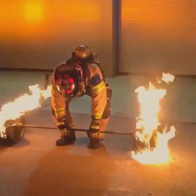 50 year old firefighter deadlifts 600 lbs of flaming steel to celebrate his retirement - Video & GIFs | firefighter,deadlift,50 years old,year old,powerlifting training,bodybuilding training,workout programs,cool stuff,funny stuff