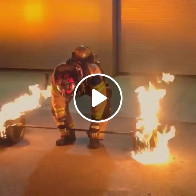 50 Year Old Firefighter Deadlifts 600 Lbs Of Flaming Steel To Celebrate His Retirement - Video & GIFs   firefighter, deadlift, 50 years old, year old, powerlifting training, bodybuilding training, workout programs, cool stuff, funny stuff