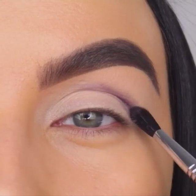 Nayv makeup look