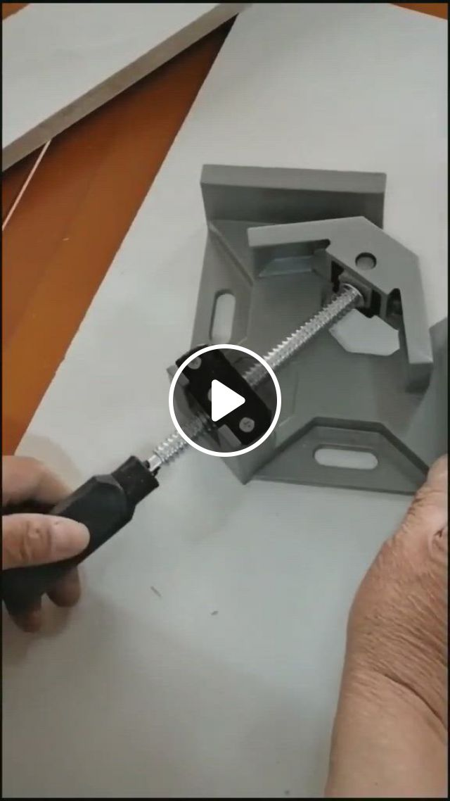 Perfect Corner Clamp, Easy Operation Angle Clamp Vice - Video & GIFs   woodworking, woodworking projects that sell, woodworking tools