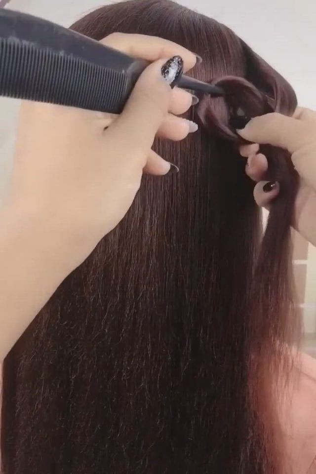 Step by Step Hairstyle Tutorials