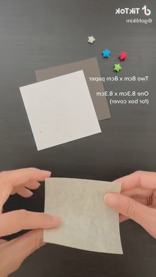 Miniature origami box with lucky