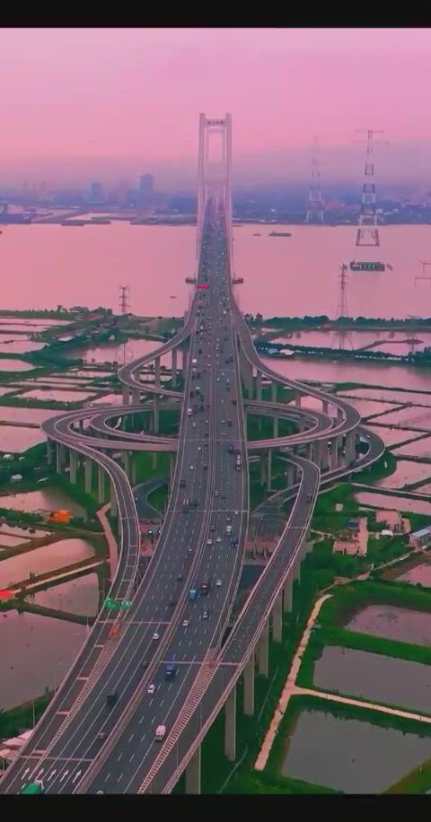Amazing bridge in china