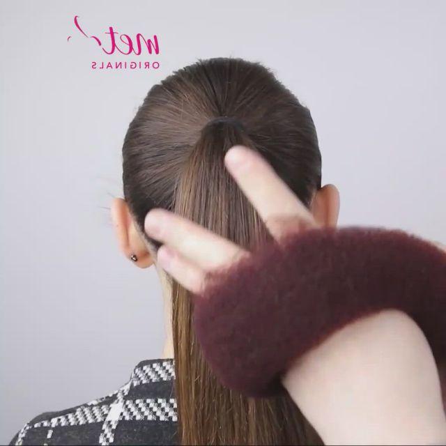 Easy bun hairstyles in 3 minutes - Video & GIFs   bridal hair buns,easy bun hairstyles,hair styles,hairstyles for seniors,wedding bun hairstyles,girl hairstyles,female hairstyles,hairstyle men,style hairstyle,hairstyles 2018,casual hairstyles