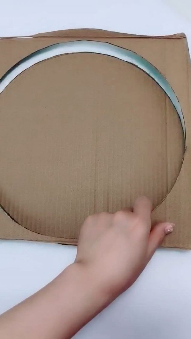 How to make a beautiful handmade flower with paper towel - Video & GIFs | paper crafts diy kids,diy crafts for girls,diy wall art decor,cool paper crafts,paper flowers craft,cardboard crafts,craft stick crafts,diy crafts for home decor,diy crafts hacks,diy arts and crafts,diy snowflake decorations