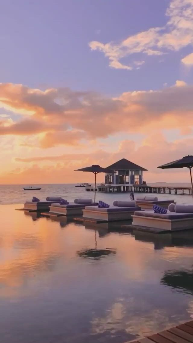 Maldives sunset - Video & GIFs | beautiful places to travel,best vacation destinations,great places to travel,honeymoon vacations,vacation places,dream vacations,vacation spots,beautiful places to visit,beautiful world,beautiful sunset