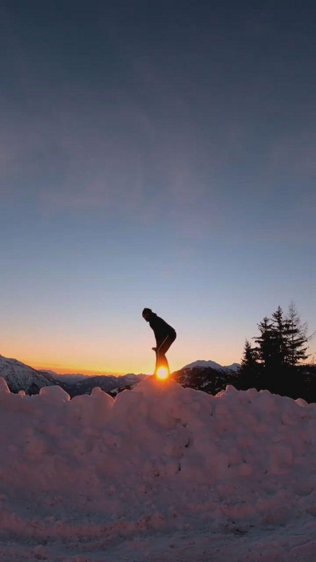 Snow fireworks - Video & GIFs | beautiful nature scenes,cute song lyrics,cute songs,cute love cartoons,funny short