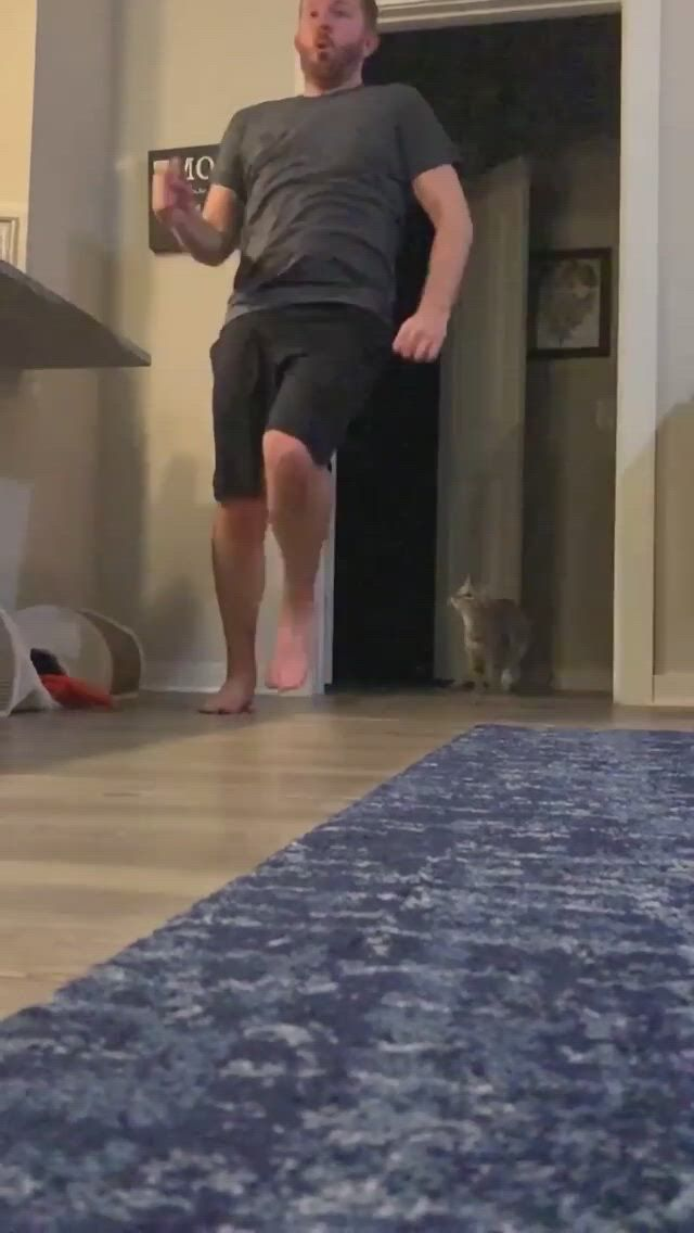 Innocent man attacked by deadly catto