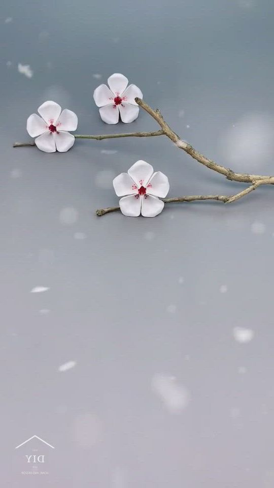 How to make paper plum blossom - Video & GIFs   cool paper crafts,paper flowers craft,paper crafts origami,origami art,flower crafts,creative crafts,diy flowers,diy crafts,origami gift box