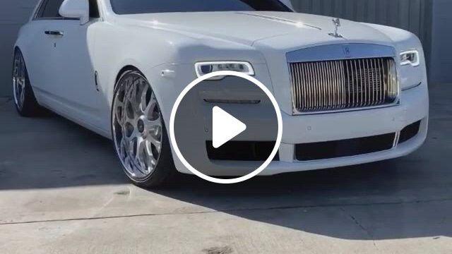 Rolls Royce Ghost - Video & GIFs   luxury cars rolls royce, luxury cars bentley, super luxury cars, luxury cars for sale, top luxury cars, bentley car, rolls royce dawn, white rolls royce, bentley rolls royce, rolls royce suv, rolls royce wraith, luxury sports cars