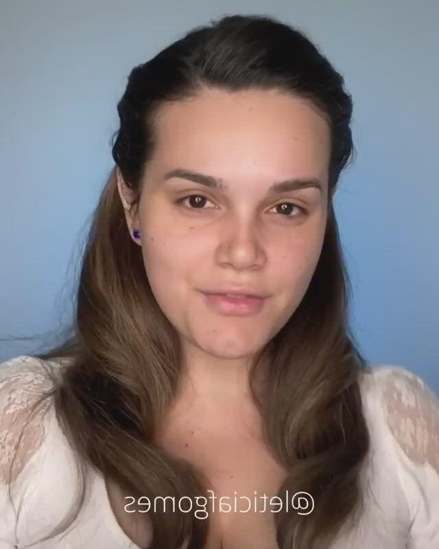 Makeup - Video & GIFs | nikkie tutorials makeup,kim kardashian makeup tutorial,natural glowy makeup,kim kardashian eyebrows,eye makeup diy,nikkie tutorial,michelle phan,everyday makeup routine