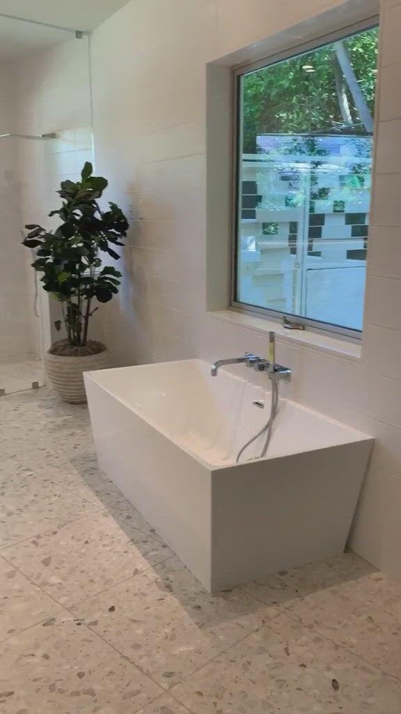 Lux bathroom check for inspo - Video & GIFs | dream bathroom luxury,luxury bathroom master baths,luxury bathroom,home room design,dream home design,home design decor,luxury home decor,house design,bathroom design small,diy bathroom decor,bathroom interior design,luxury bathrooms