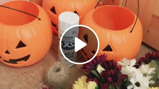 Pumpkin Planter Fall Ideas - Video & GIFs   pumpkin decorating diy, fall crafts diy, pumpkin porch decor, halloween front door decorations, halloween front doors, holiday decorations, halloween projects, halloween stuff, fall halloween, happy halloween, pumpkin bucket, indoor crafts