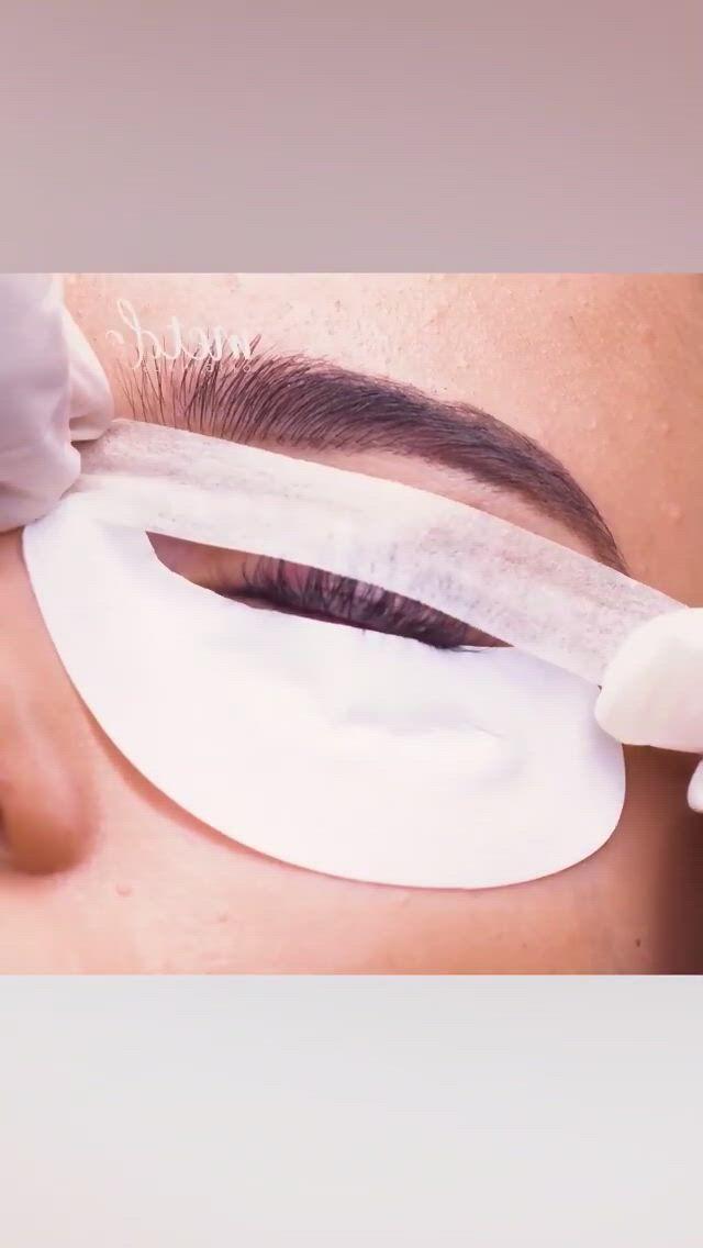 Lash lifting - Video & GIFs | fake lashes,eyelashes,beauty make up,hair beauty,best makeup artist,lash lift,best makeup products,acrylic nails